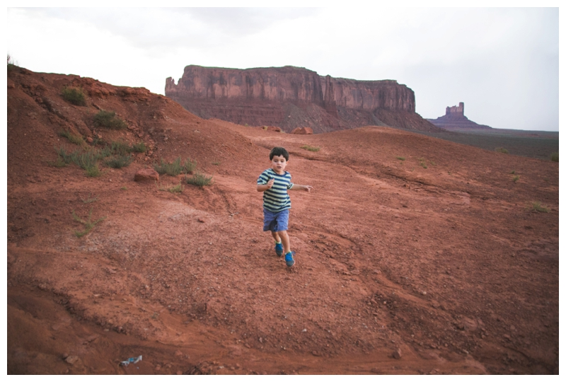 monument valley hiking with children