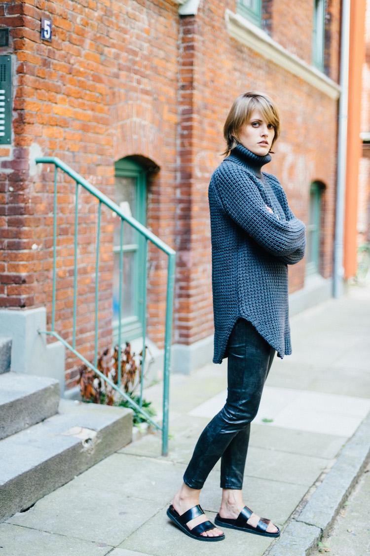 Outfit_Post_Hope_Grand-Sweater_fridafridafrida_mindt