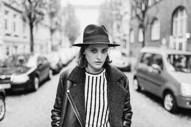 black_and_white_outfit_post_fridafridafrida_nils_hasenau_mindt_fashion_blog_2