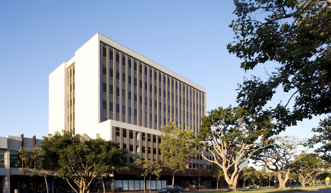 11980 San Vicente Blvd, Los Angeles, CA