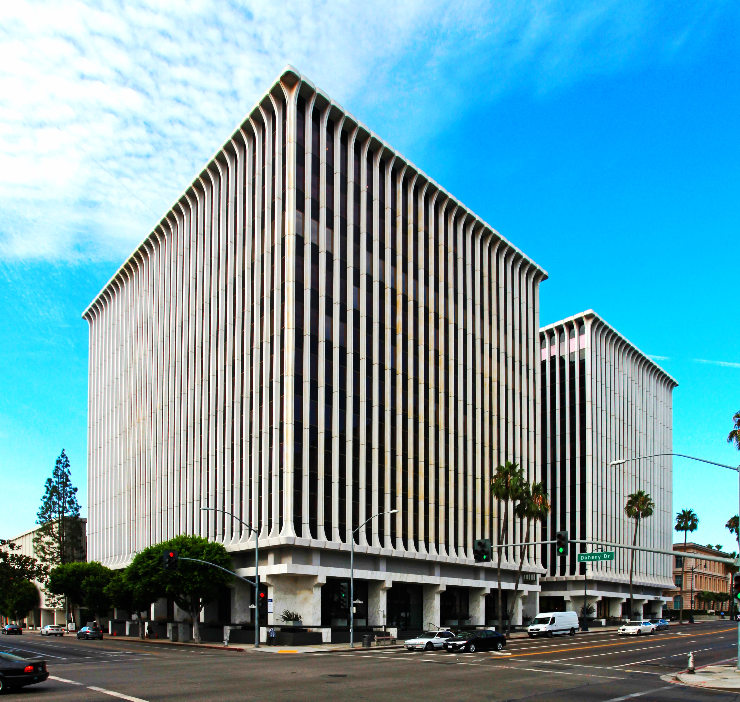 9100 Wilshire Blvd, Los Angeles