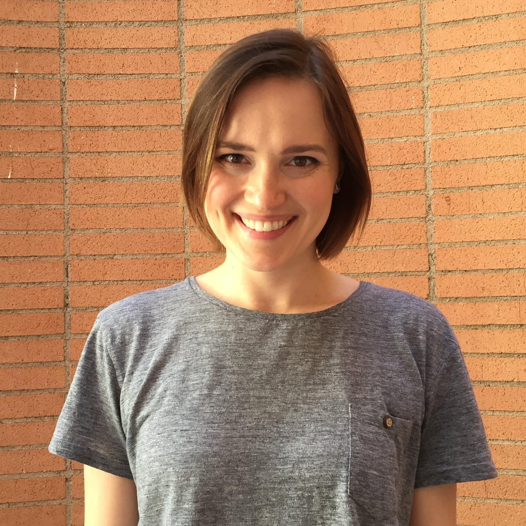 Writer  Veronica Roth