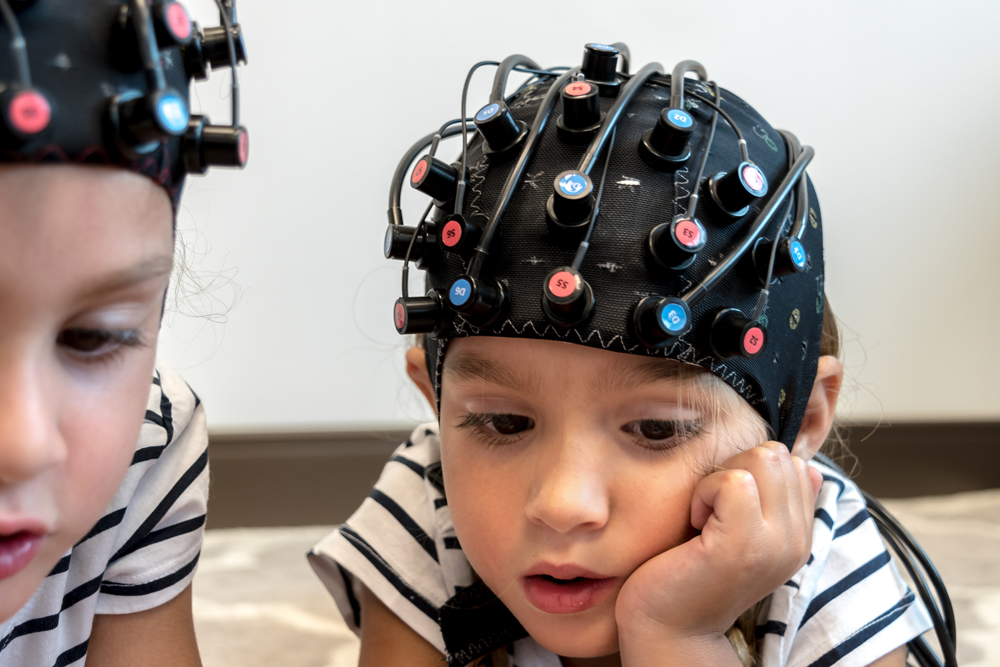 Record Multiple Children with fNIRS Neuroimaging