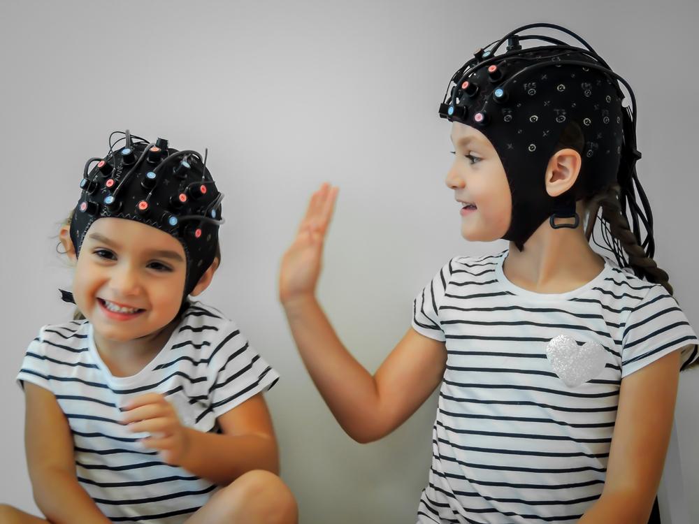 NIRScap - children - hyperscanning - Jon's Kids-5.jpg