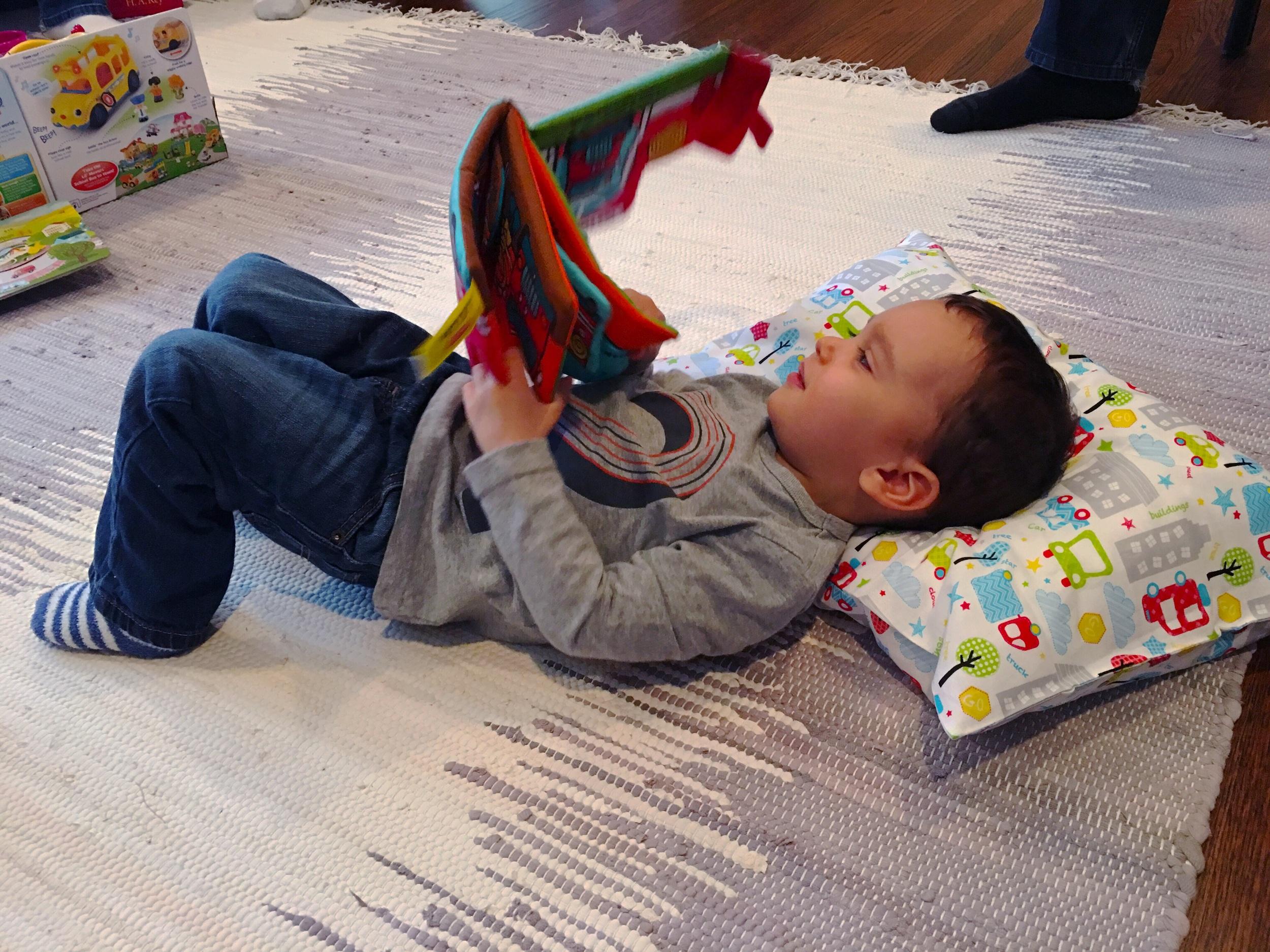 My little reader ❤️