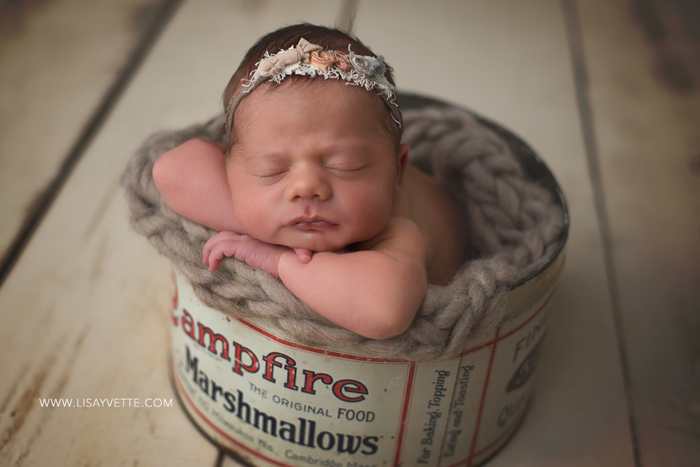 newborn_marshmallow_tin.png