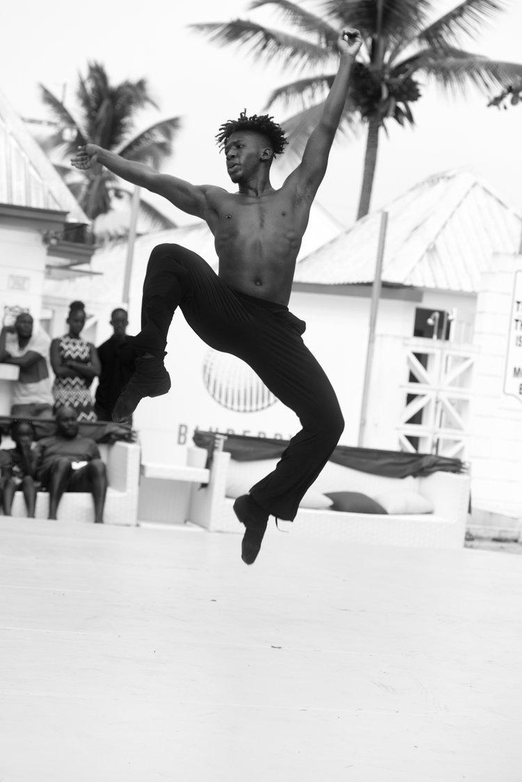 Fourfor4 - Choreographer: Nigel CampbellMusic: Michael GordonDancers: 4