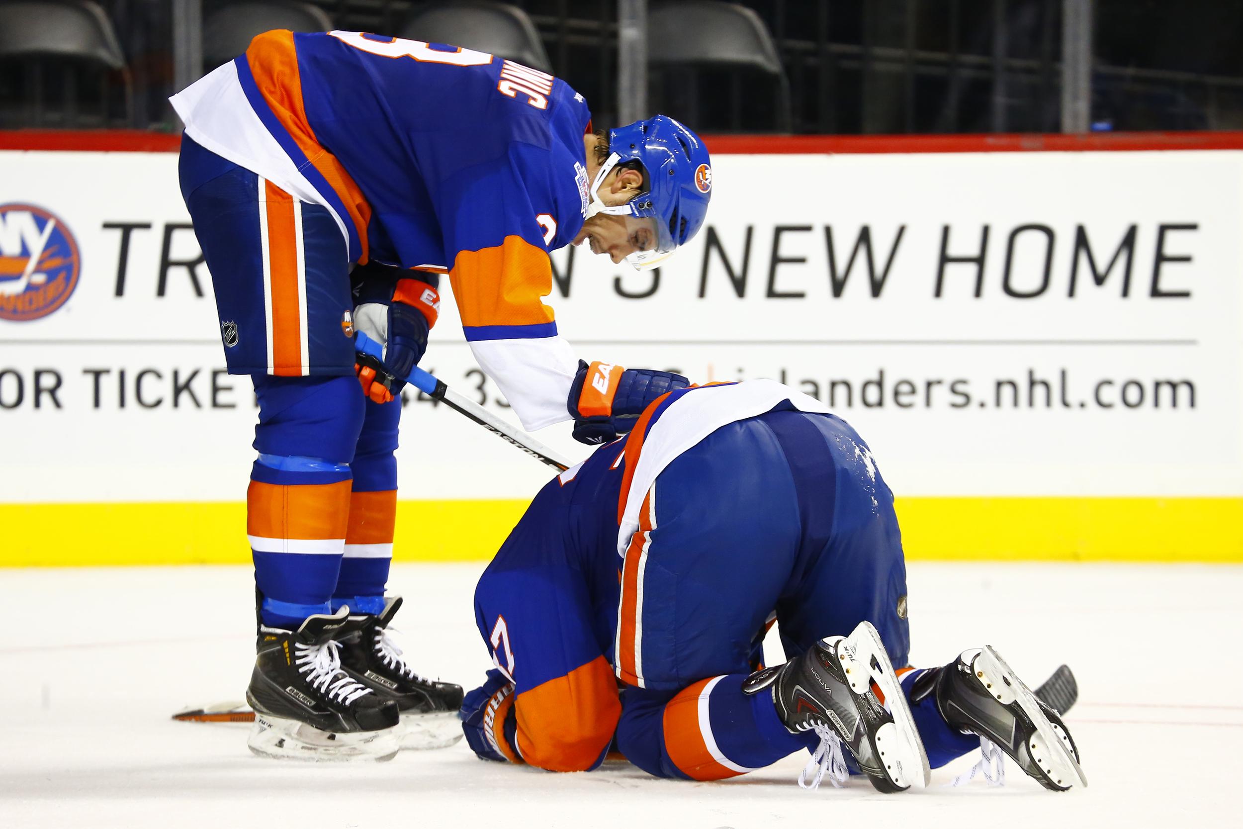 Brian Strait injury2.jpg