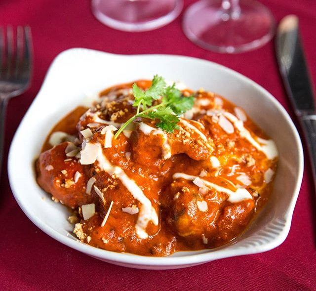 With all the success of Burger Fortnight, this week shall be.... BUTTER CHICKEN WEEK  First up we have butter chicken from Paradise Indian Restaurant in Wheelers Hill  #paradiseindianrestaurant #paradise #indian #butterchicken #wheelershill #chicken #ubereats #delivery #melbournefood #melbourneeats #nowlookhear