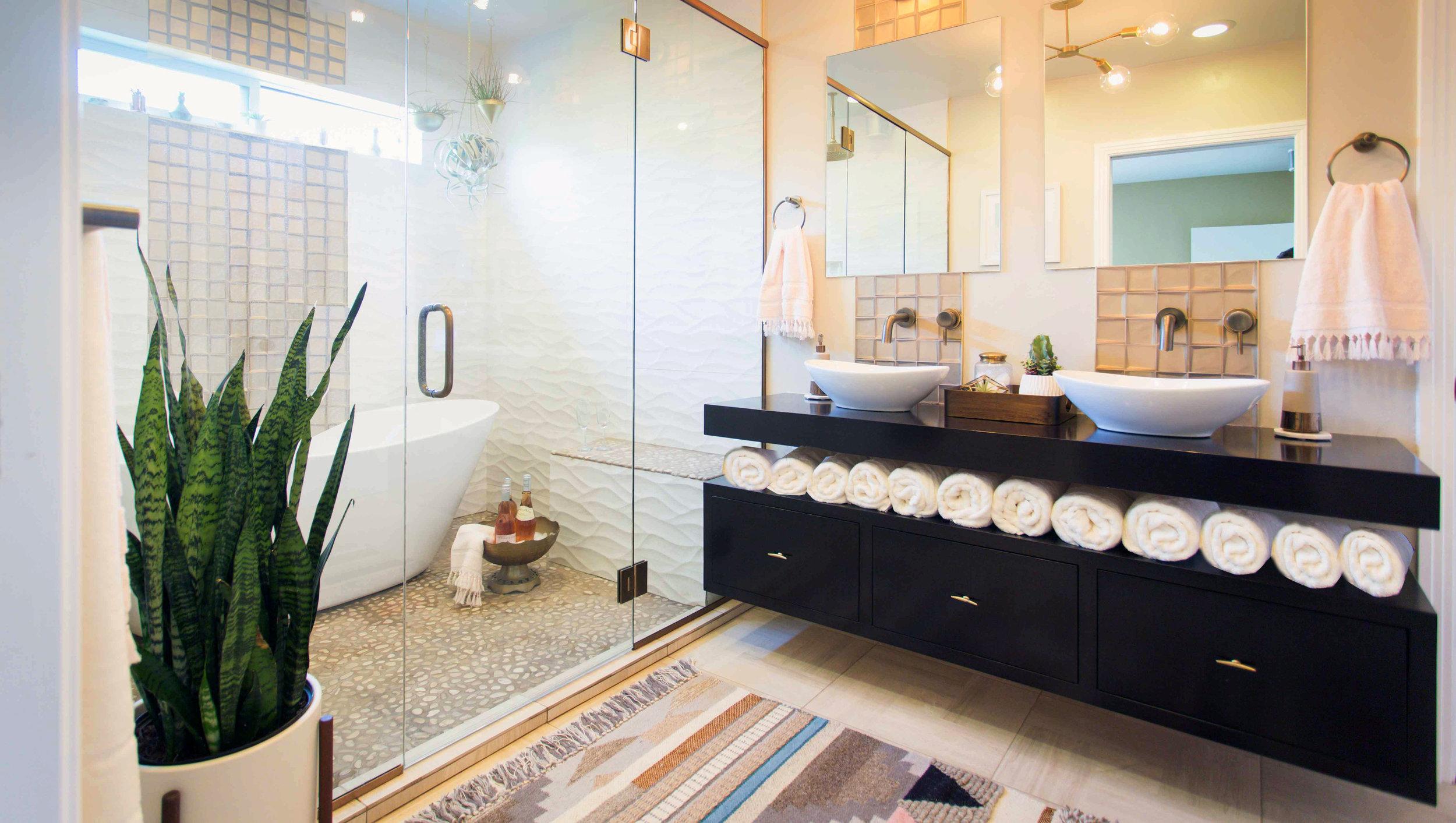 Hope Pinc Design Point Loma Bathroom - Web Images-7709.jpg