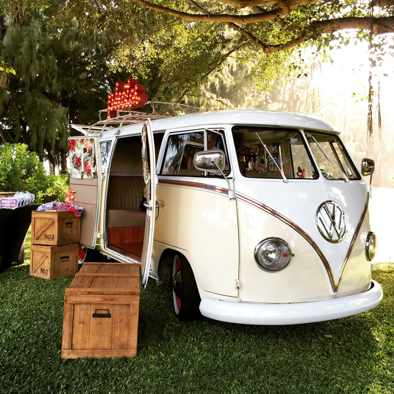 The Hawaiian Photo Bus - Photo booth, decor rentals