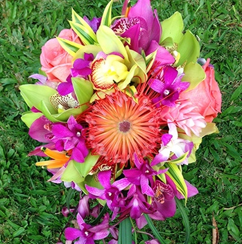 Mr. Flowers - Arch rentals, candles, bouquets, flower crowns, leis, boutonnieres, centerpieces, hair flowers, cake flowers.