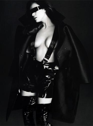 Seven-Hollywood_Alix-Malka_Latex_Barbara-Baumel_Irina-Shayk_02.jpg