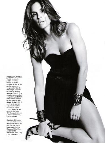 Cindy-Crawford_Vogue-Spain_Alix-Malka_Barbara-Baumel_12.jpg