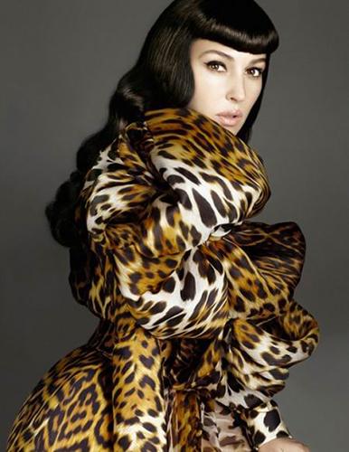 Monica-Belucci_Vogue-Spain_Alix-Malka_Barbara-Baumel_04.jpg