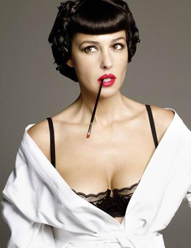 Monica-Belucci_Vogue-Spain_Alix-Malka_Barbara-Baumel_07.jpg