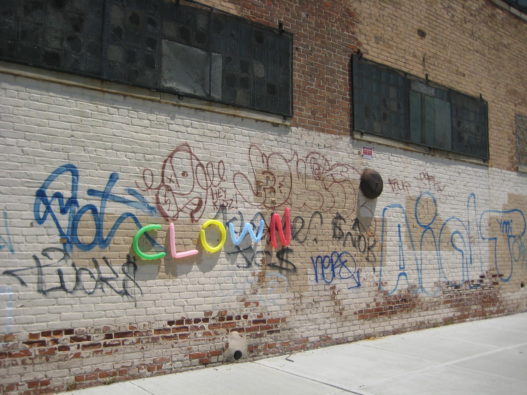 ClownGraffiti.jpg