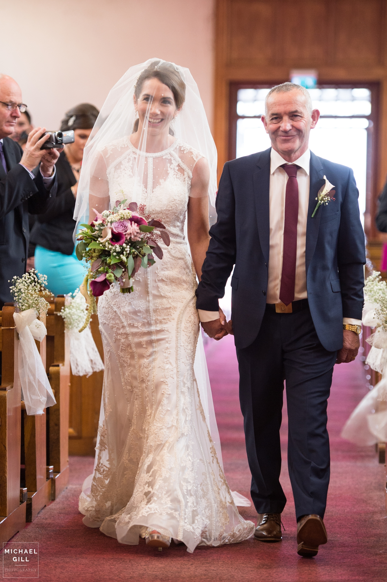 Michael_Gill_Photography_Kinnego_Redcastle_Hotel_Wedding3.jpg