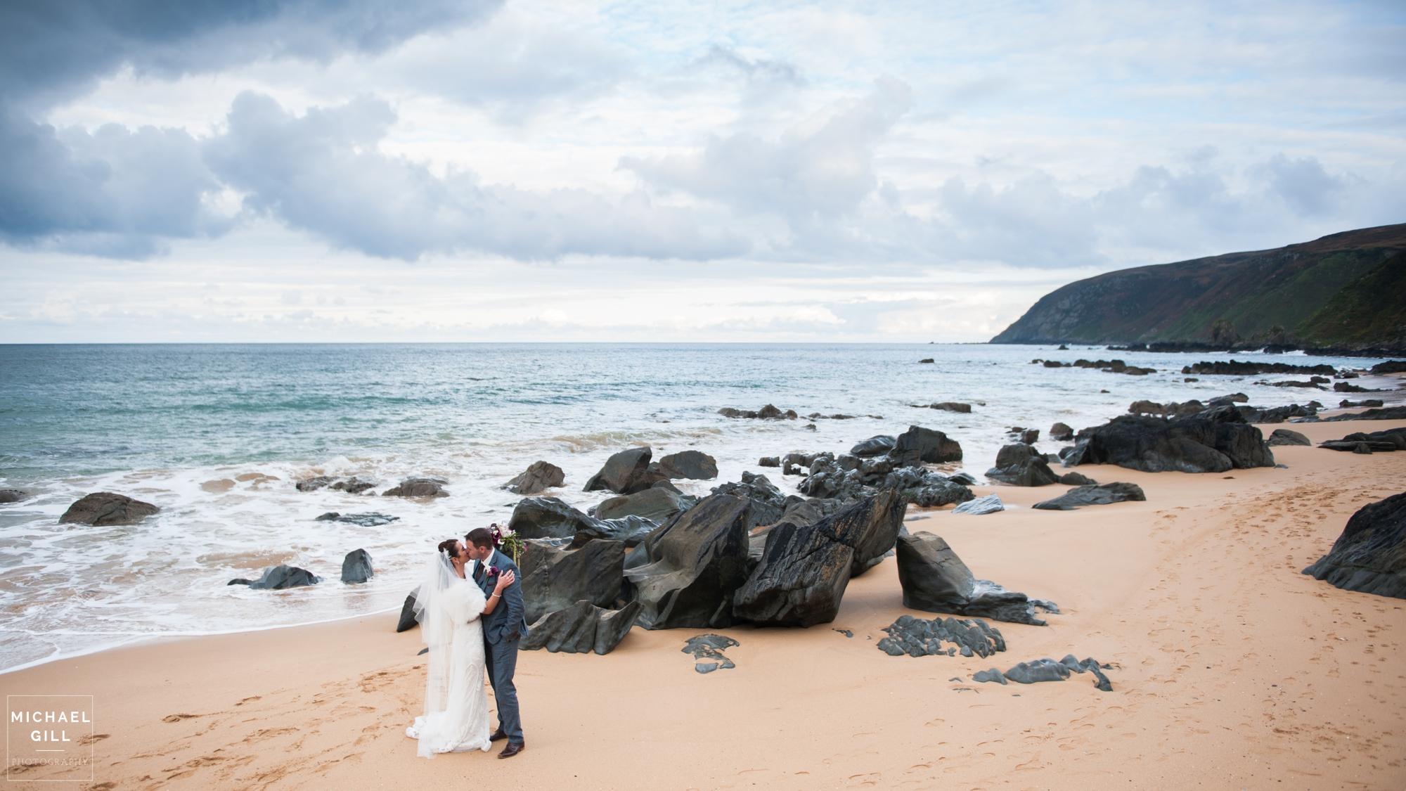 Michael_Gill_Photography_Kinnego_Redcastle_Hotel_Wedding6.jpg