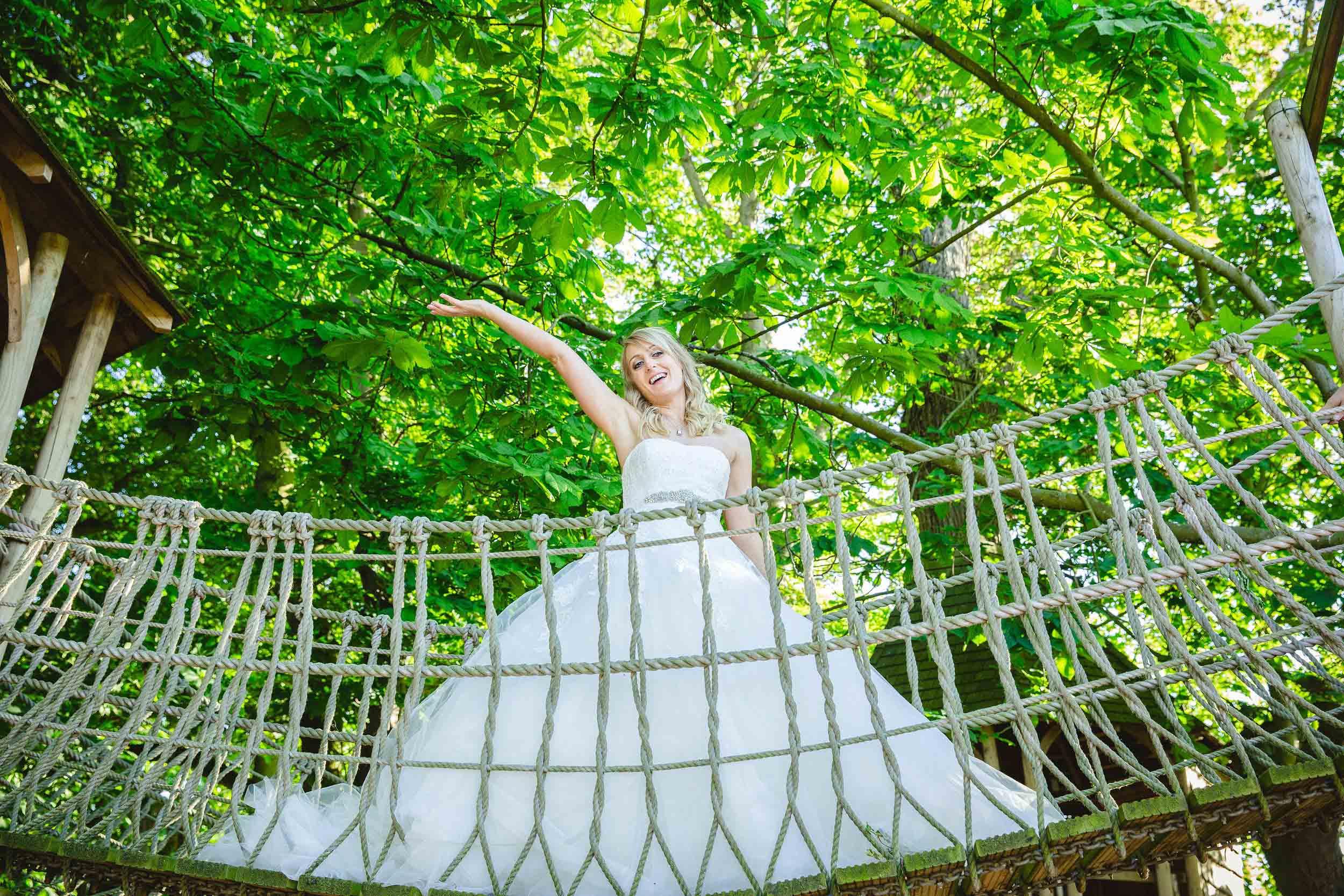 Ellingham-Hall-Wedding-Photographer-77.jpg