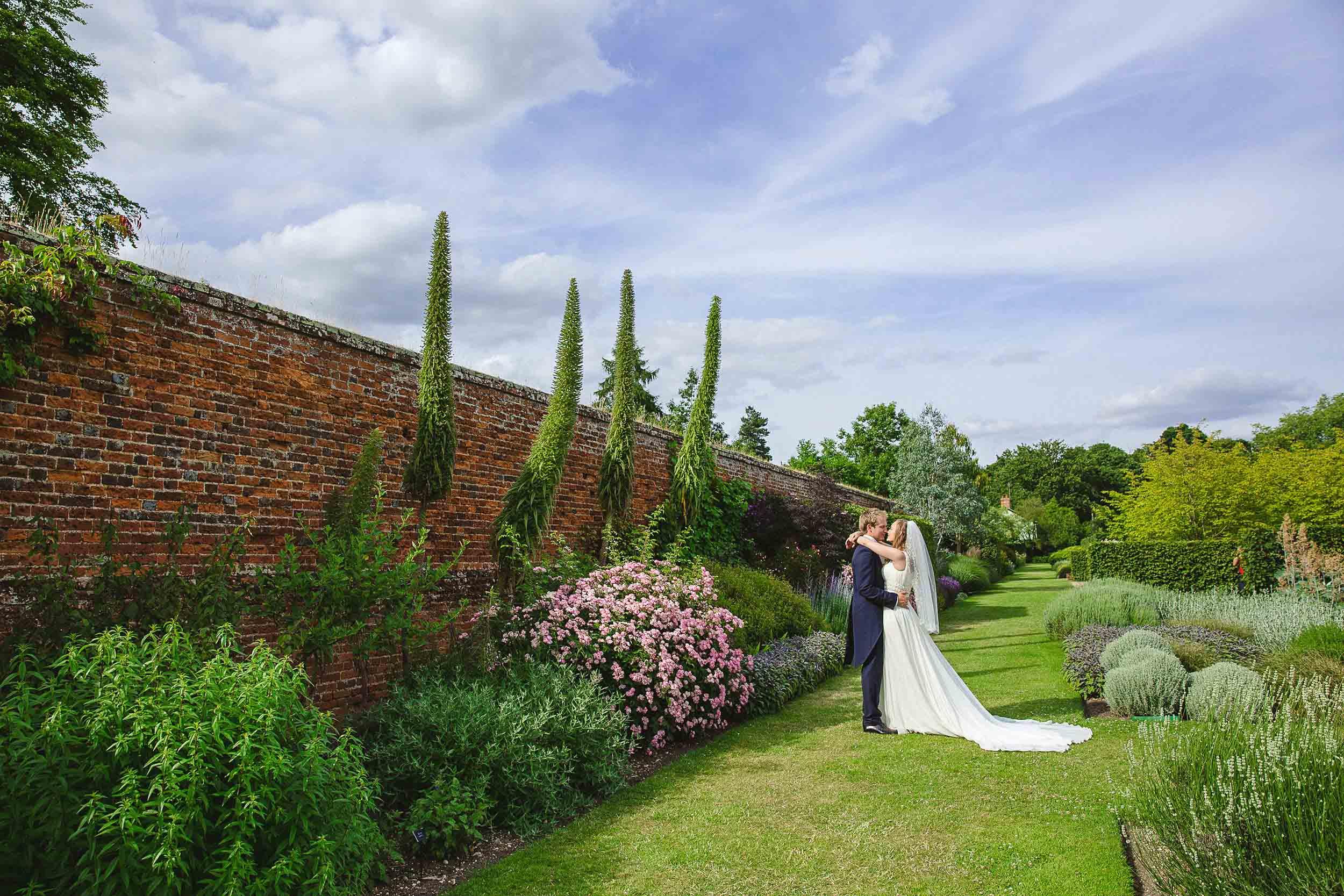 Marks-Hall-Wedding-Photographer-46.jpg