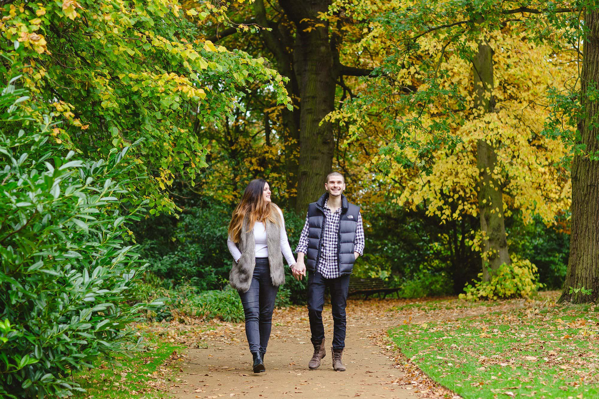 Chelmsford-Essex-Engagement-Shoot_0009.jpg
