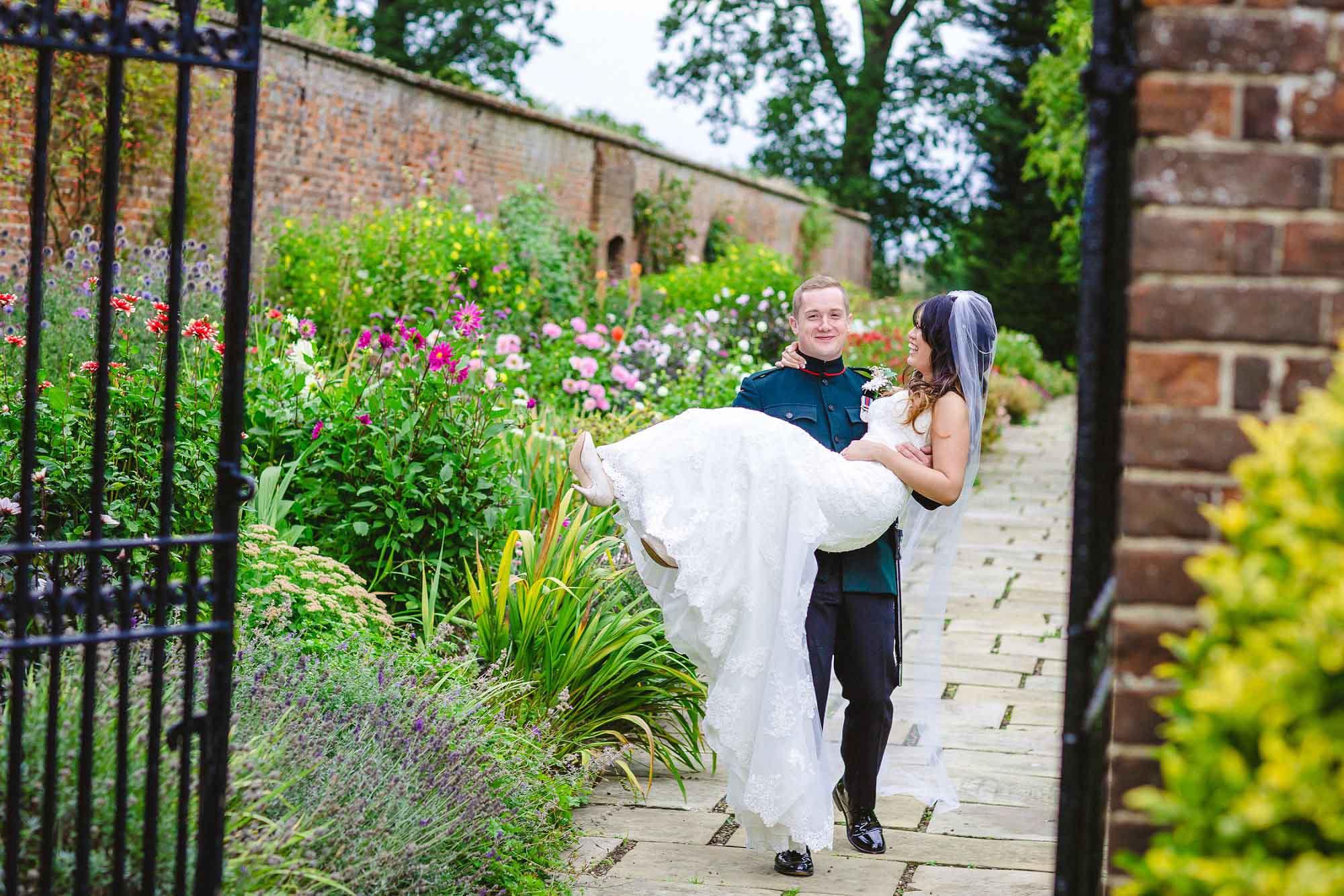 Blake-Hall-Wedding-Photographer_0084.jpg