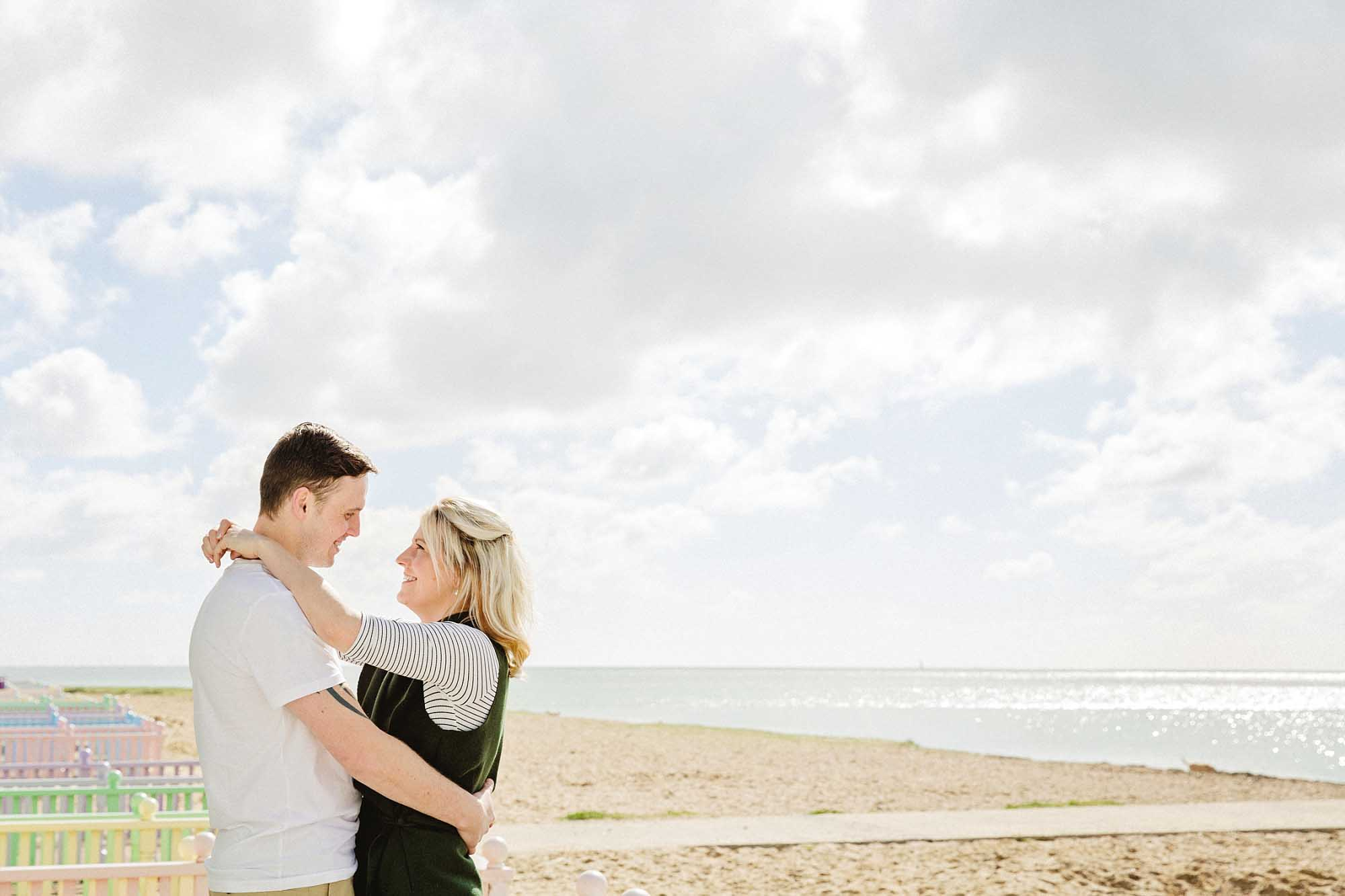 Mersea-Island-Beach-Engagement_0006.jpg
