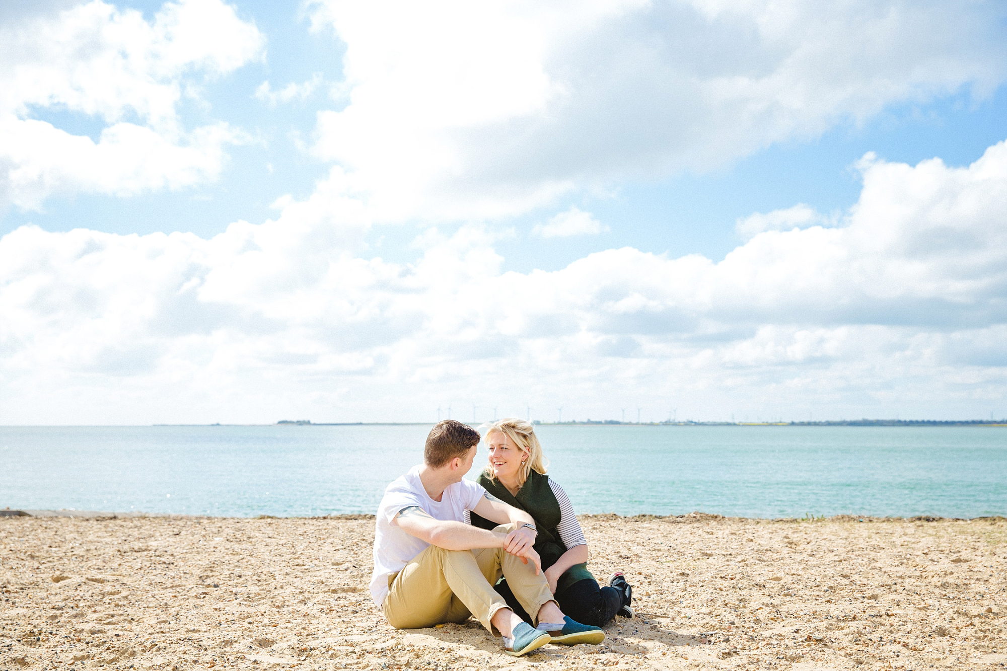 Mersea-Island-Beach-Engagement_0026.jpg
