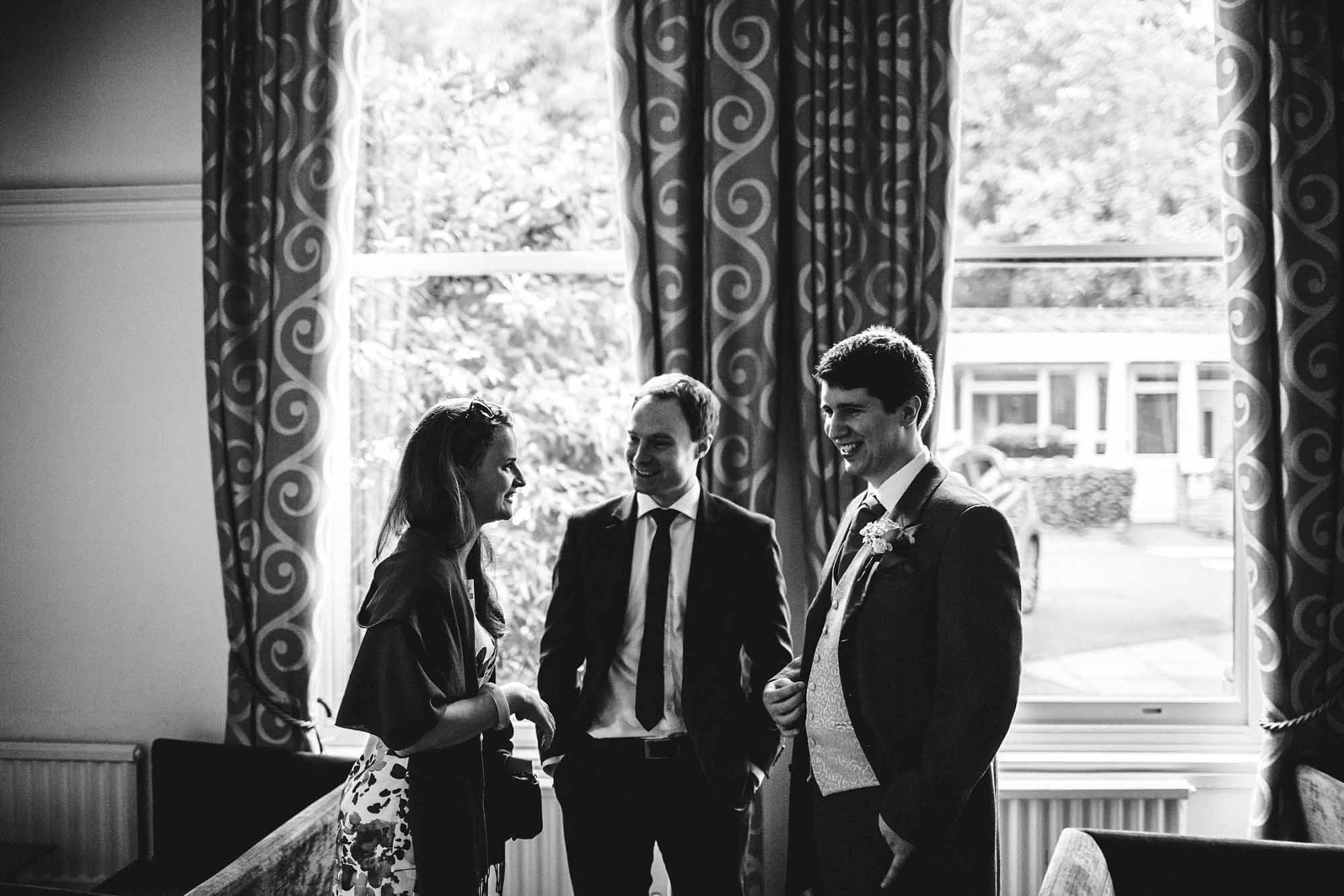 Ponsbourne-Park-Hotel-Wedding_0027.jpg
