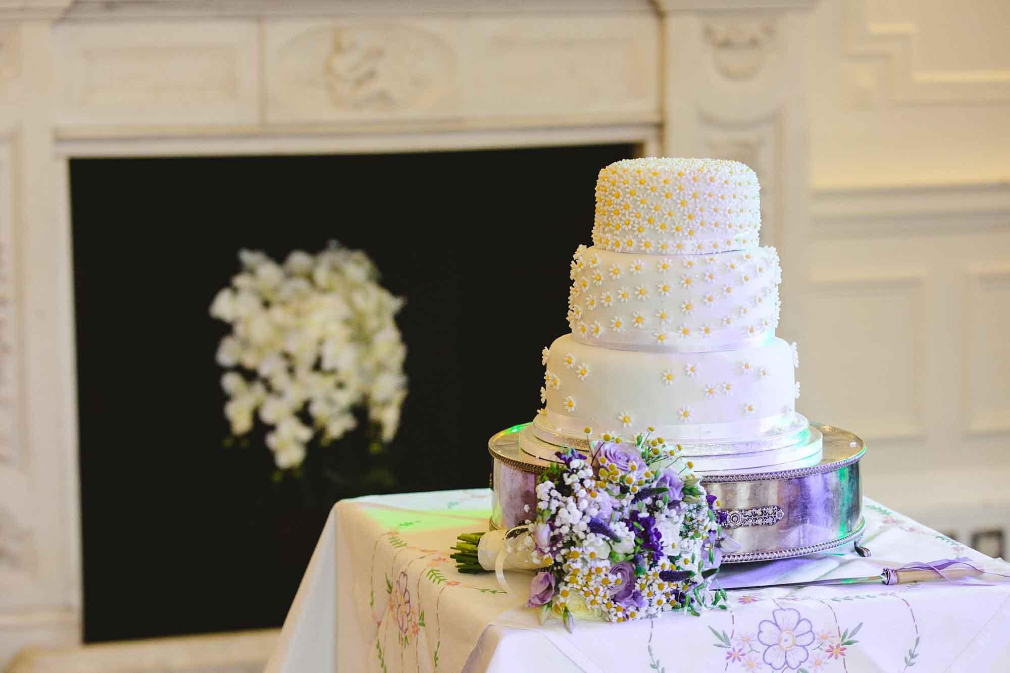 Ponsbourne-Park-Hotel-Wedding_0114.jpg