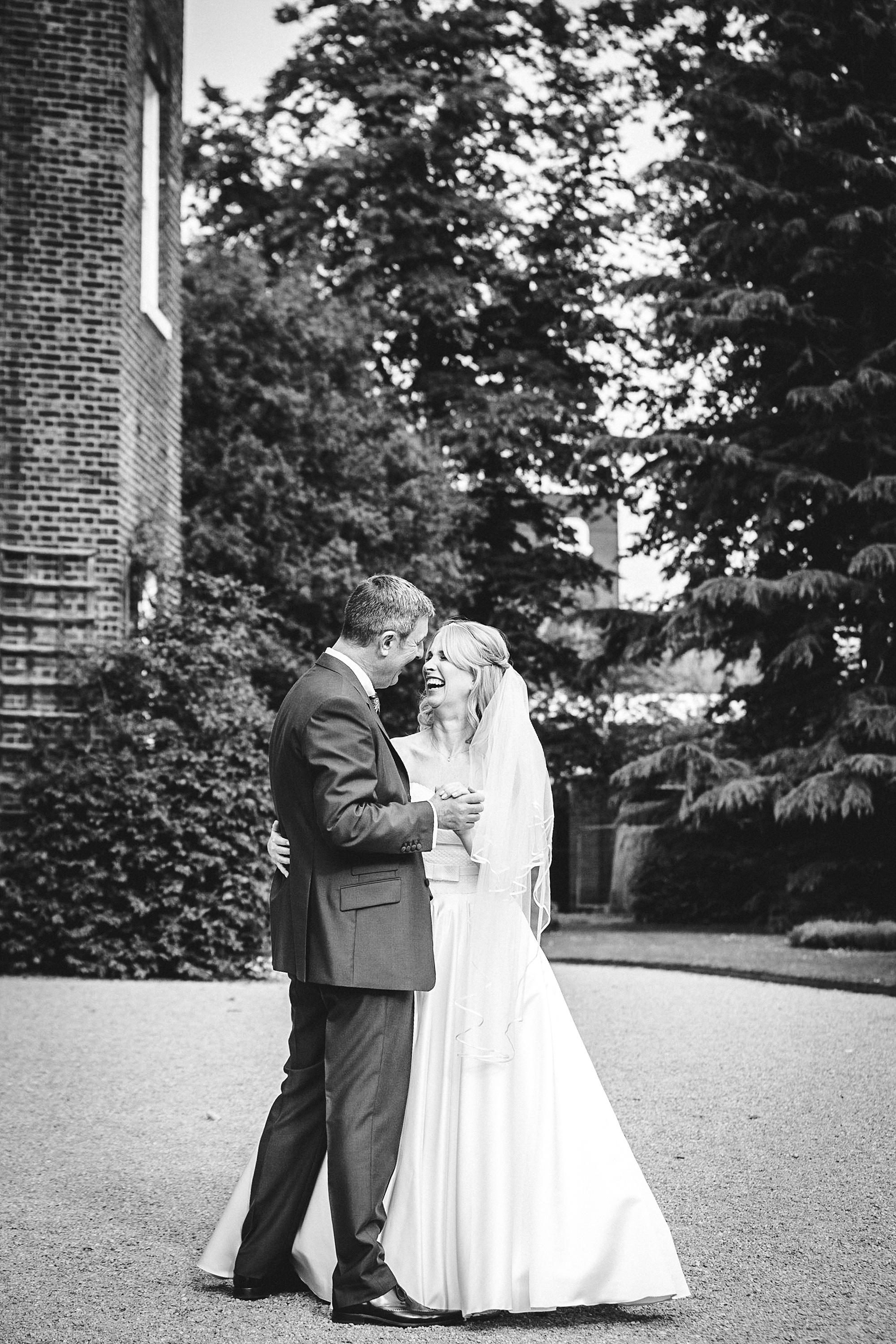 Langtons-Essex-Mod-Themed-Wedding_0044.jpg