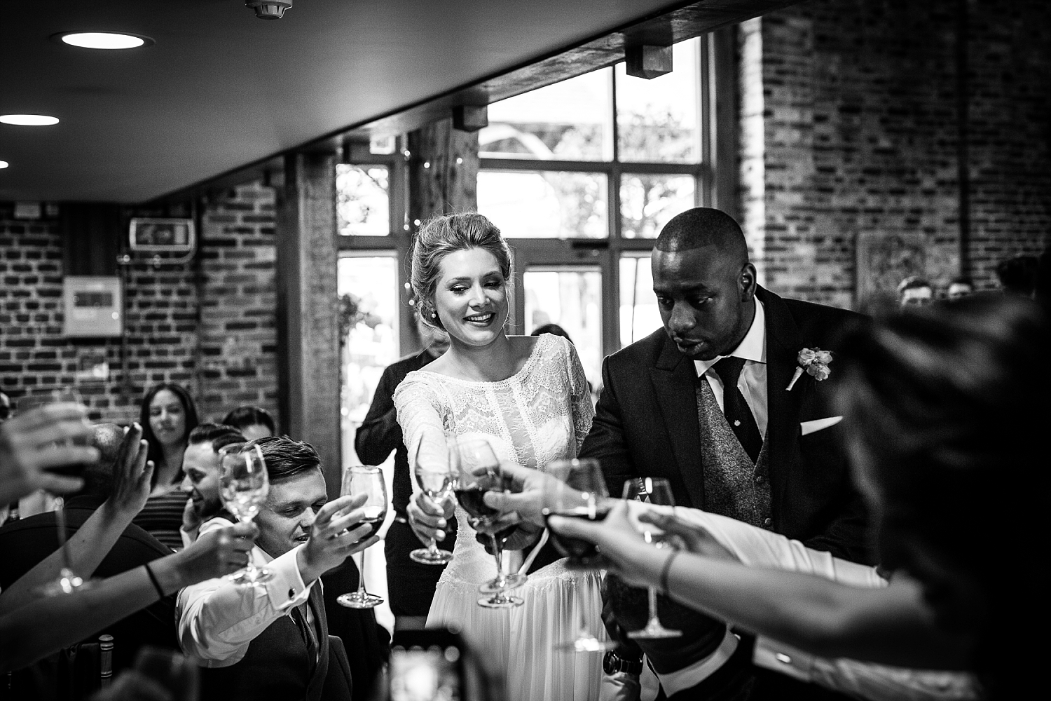 Gaynes-Park-Wedding-Photographer_0107.jpg