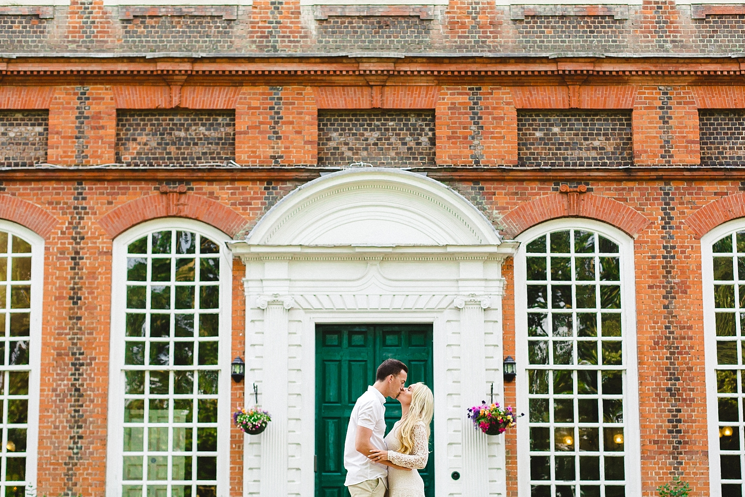 Gosfield_Hall_Wedding_Photographer_0005.jpg