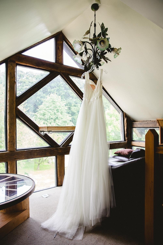 North-Hill-Farm-Wedding-Photographer_0002.jpg