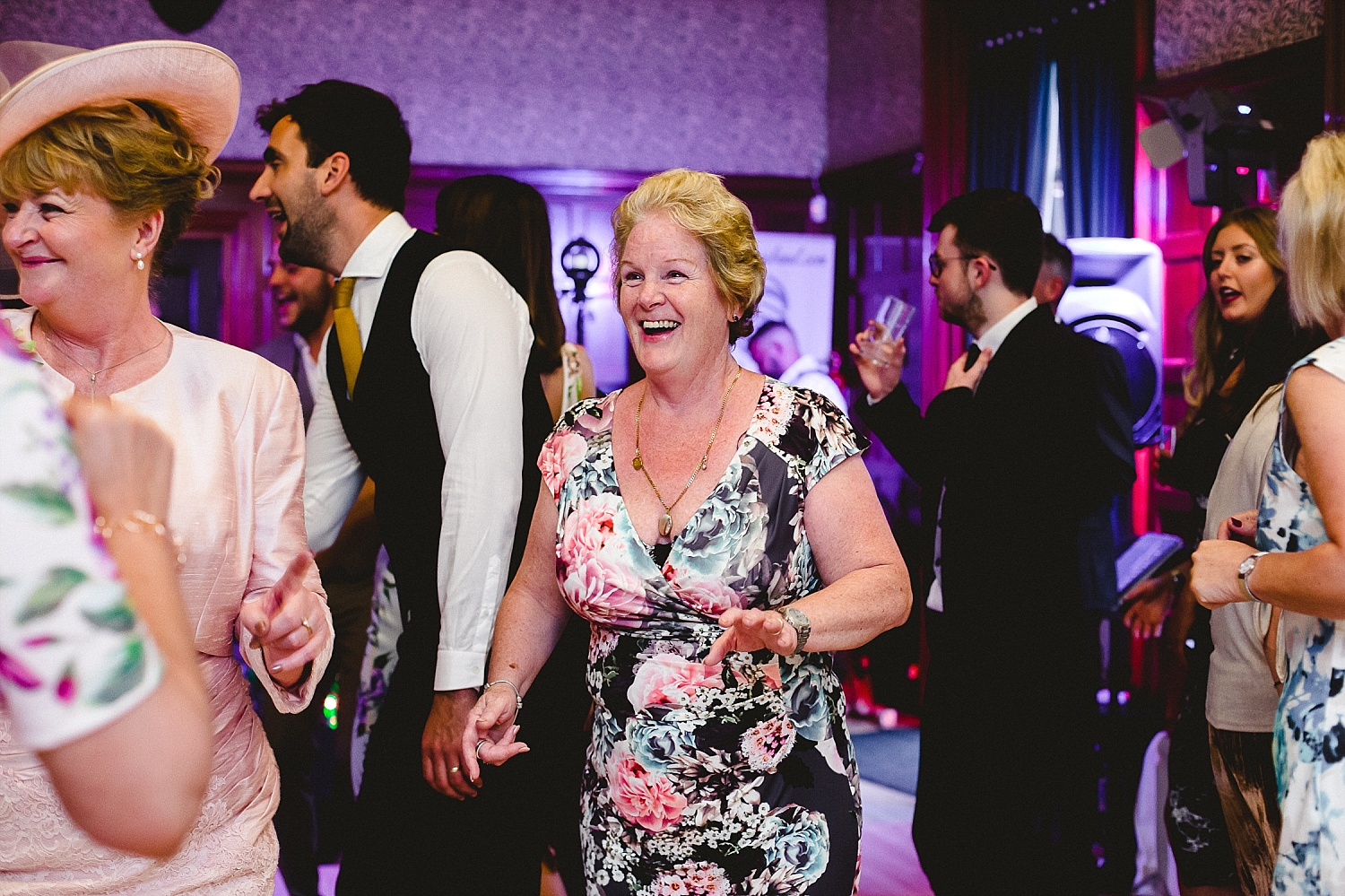 Langtons-House-Essex-Wedding-Photographer_0080.jpg
