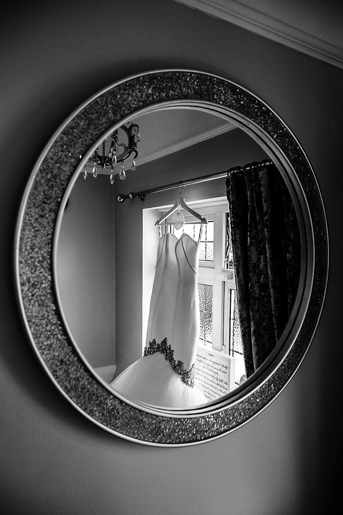 Moor-Hall-Essex-Wedding-Photographer_0307.jpg