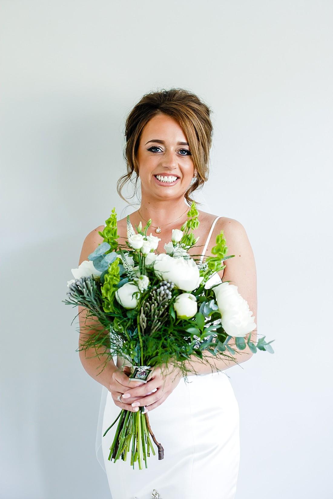 Moor-Hall-Essex-Wedding-Photographer_0340.jpg
