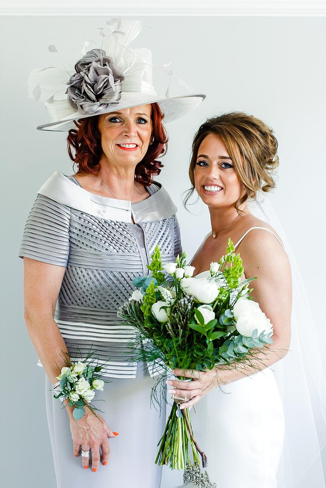 Moor-Hall-Essex-Wedding-Photographer_0345.jpg