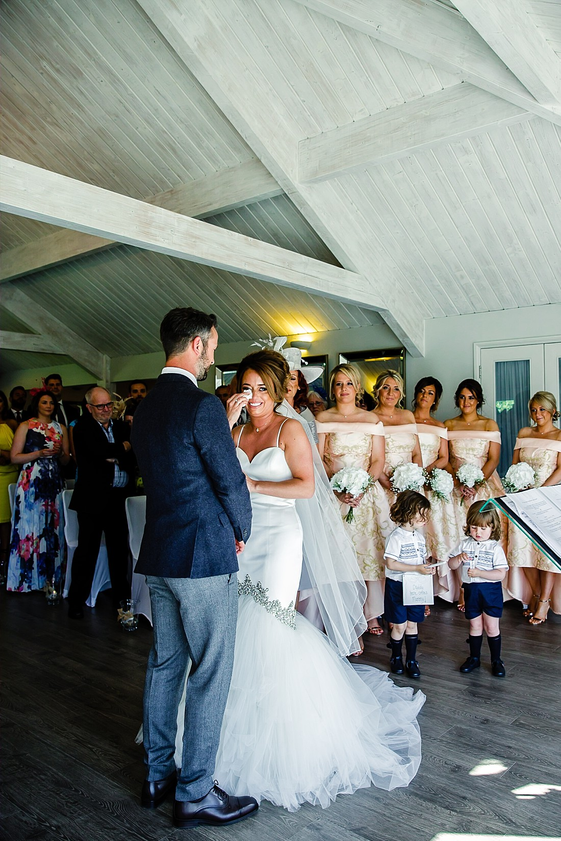 Moor-Hall-Essex-Wedding-Photographer_0405.jpg