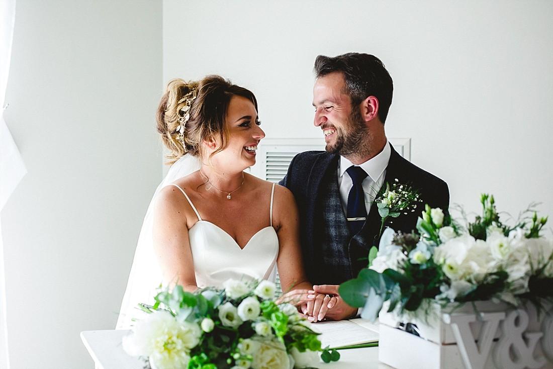Moor-Hall-Essex-Wedding-Photographer_0426.jpg