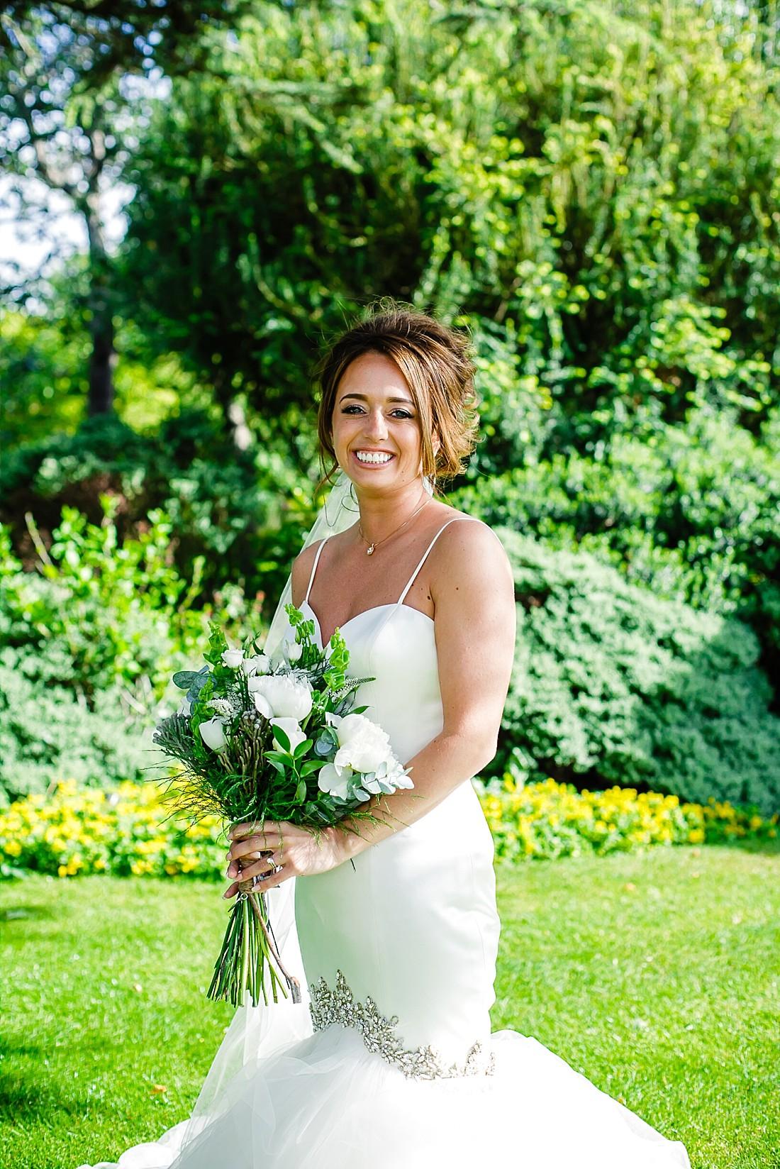 Moor-Hall-Essex-Wedding-Photographer_0460.jpg