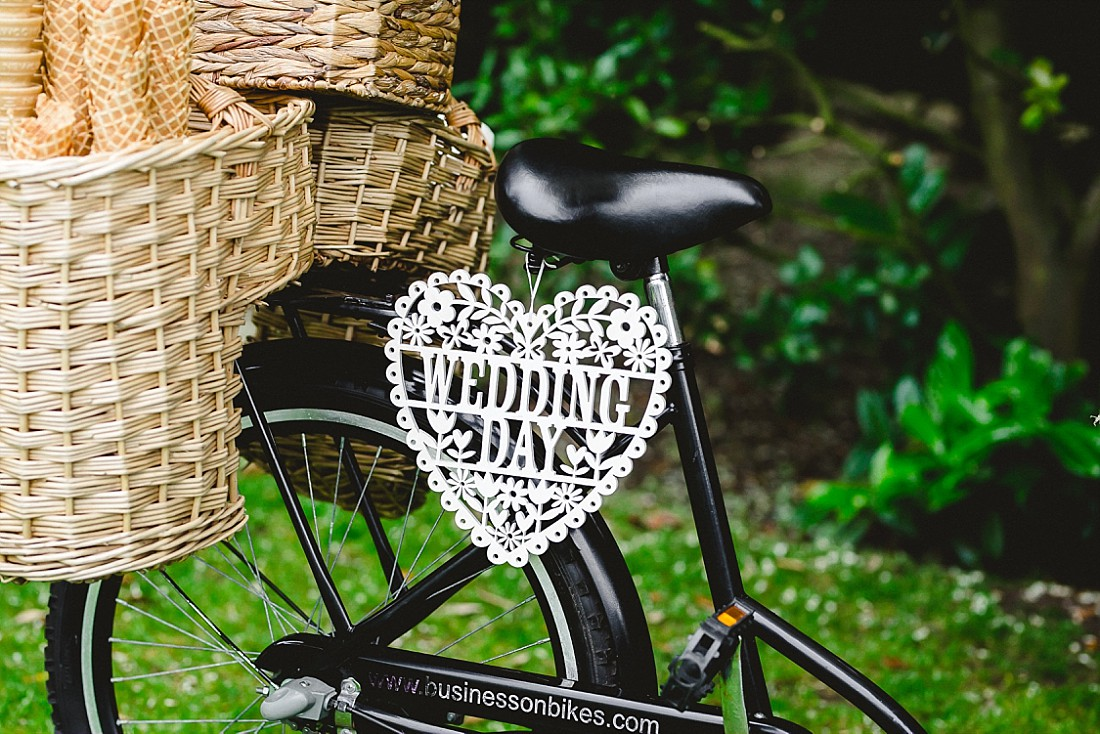 Moor-Hall-Essex-Wedding-Photographer_0521.jpg