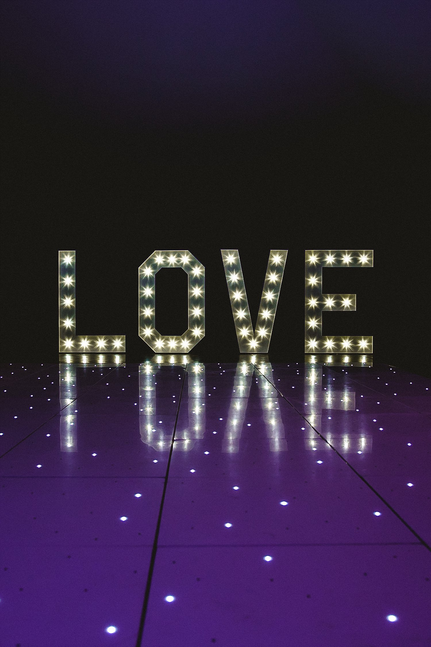 Houchins Wedding Photographer - Dance Floor and light up LOVE letters