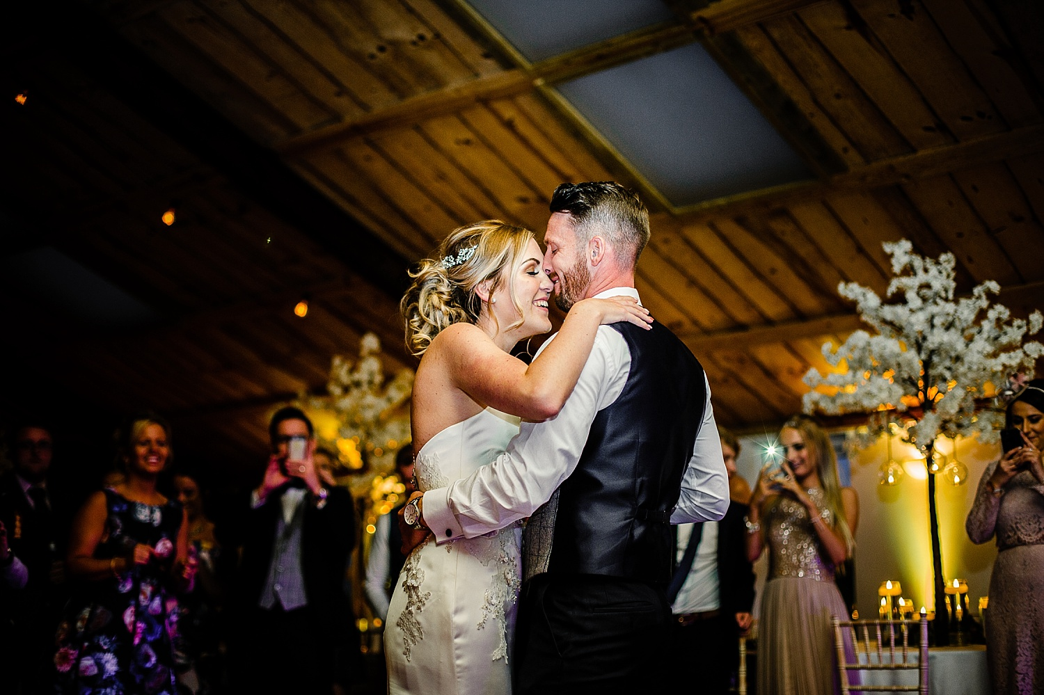 Owen Barn Wedding Venue Photographer First Dance