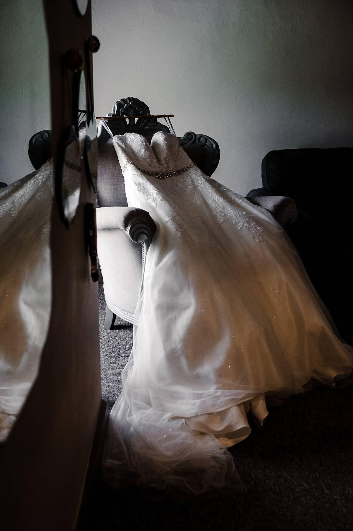 Quendon Hall Wedding Photographer_0006.jpg