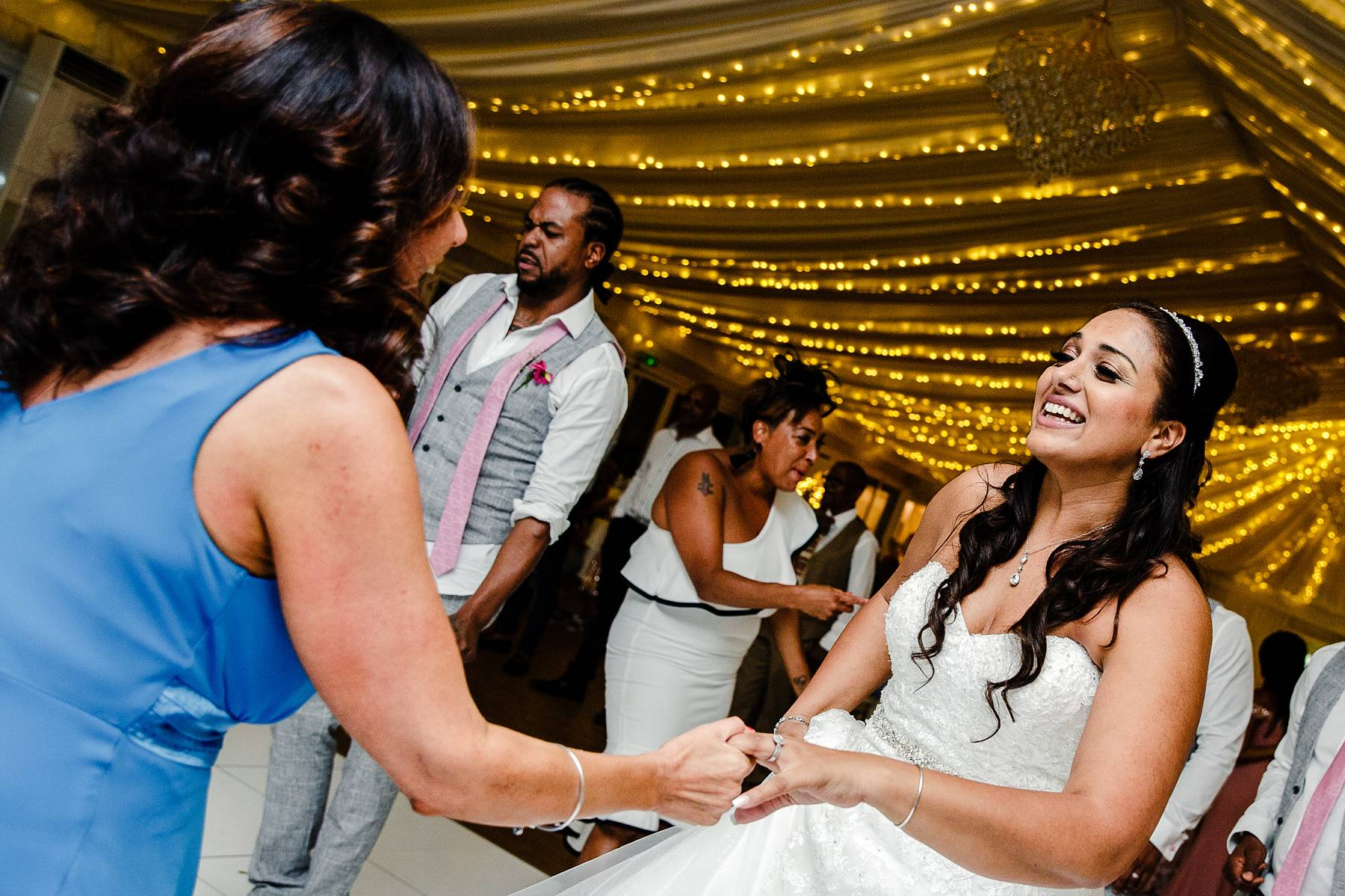 Quendon Hall Wedding Photographer_0110.jpg
