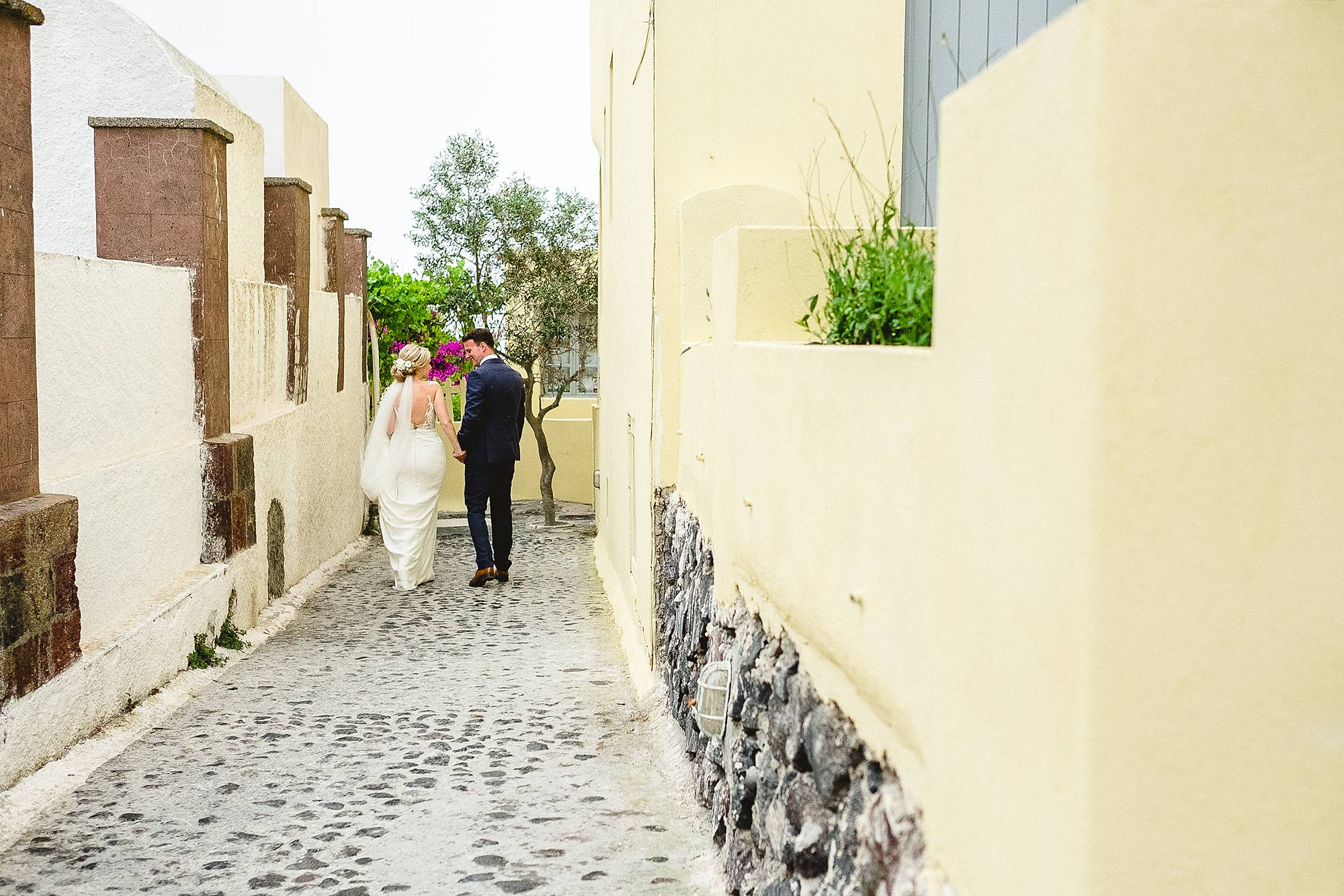 Santorini-Wedding-Photographer-98.jpg