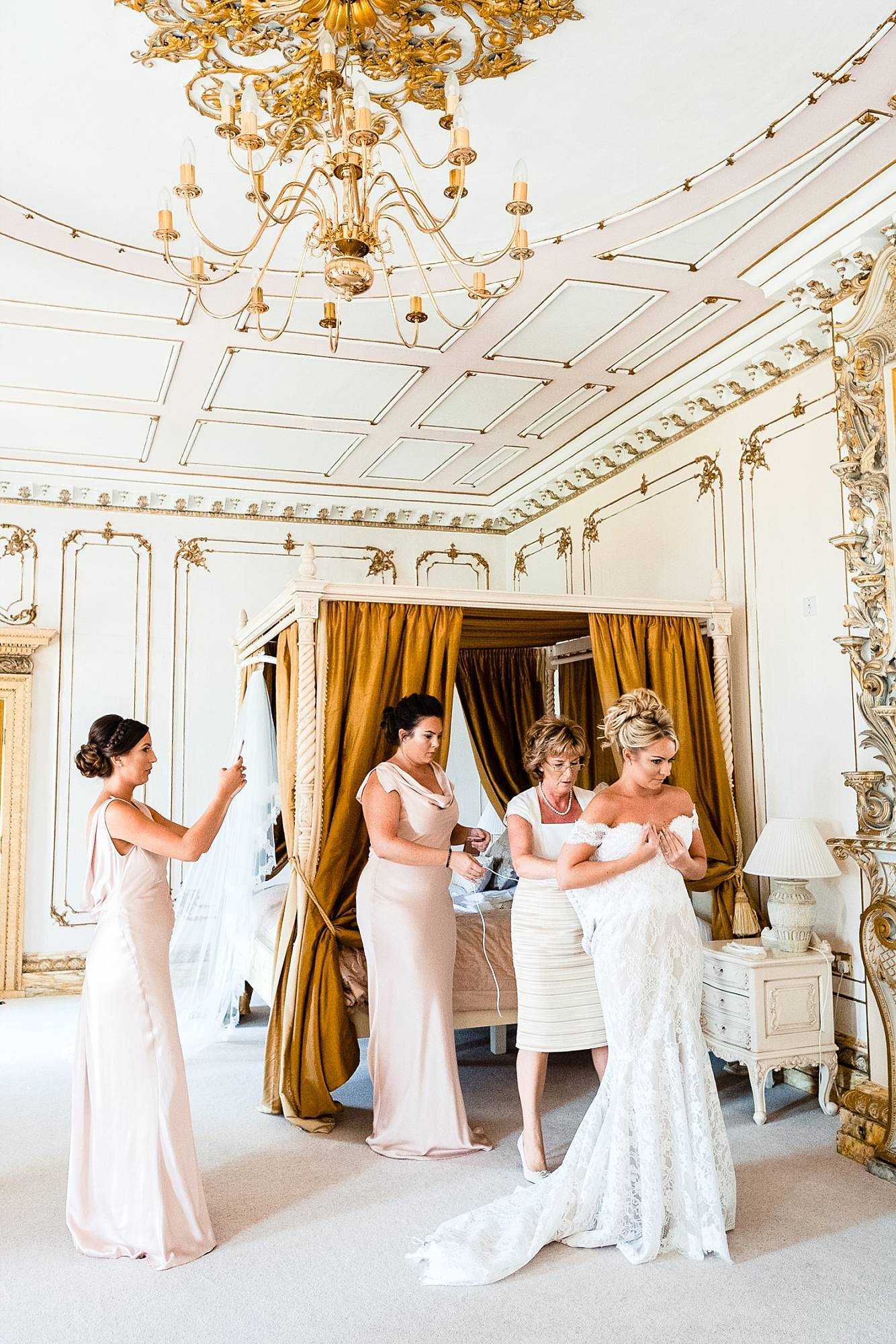Gosfield Hall Essex Wedding Photographer_0034.jpg