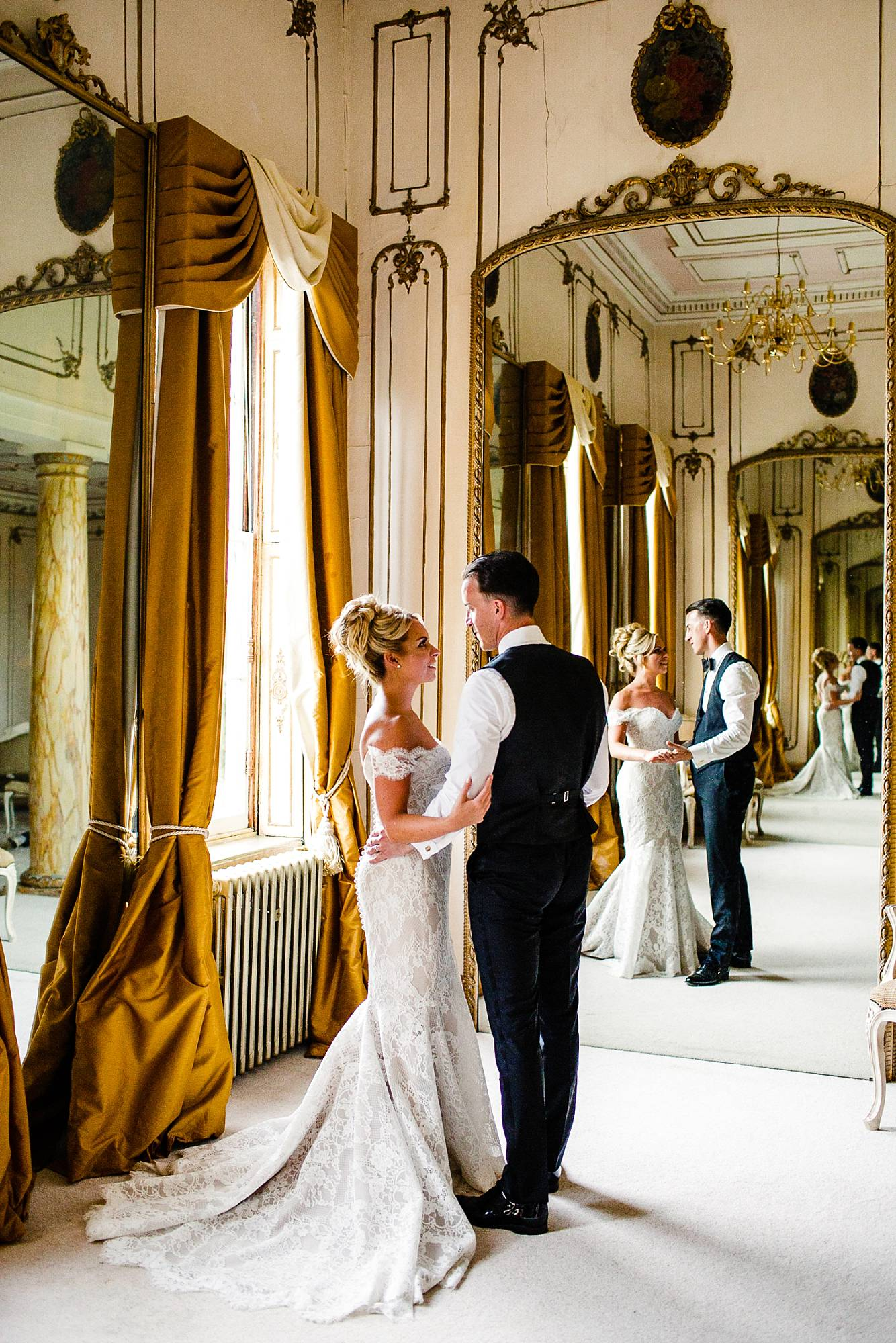 Gosfield Hall Essex Wedding Photographer_0140.jpg